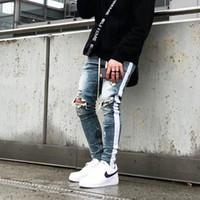 top distressed jeans großhandel-2019ss Herren Jeans Distressed Zerrissene Biker Jeans Slim Fit Motorrad Biker Denim Für Männer Mode Hose Designer Hip Hop Herrenhosen Top Qualität