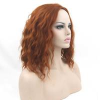 kıvırcık kırmızı saç peruk toptan satış-Kısa Kıvırcık Dalgalı Auburn Cosplay Peruk Sentetik Saç Saç Adet Parti Saç Kadınlar için Kırmızı Gri Peruk
