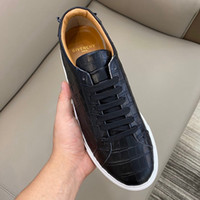 Wholesale italian men sneakers designer for sale - Group buy High Top Cheap Designer Shoes for men Cloudbust Thunder Genuine Leather Rubber Sole Sport Style Luxury italian shoes sneaker RD520