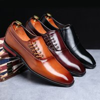 costumes classiques pour hommes formels achat en gros de-Mode Robe Hommes d'affaires Chaussures New Classic Costumes en cuir pour homme Chaussures Slip On Formal Mocassins Homme Taille Oxfords 38-48