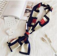 accesorios joker al por mayor-Bufanda pequeña hembra largo de la primavera y de doble cara decoración comodín bufanda profesional de la bufanda del invierno del otoño accesorios largos