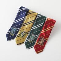 ingrosso bowtie in poliestere bianco-Harry Potter con distintivo College cravatte cravatte Hogwarts scuola strisce cravatte Costume cravatta Accessori abbigliamento cravatte