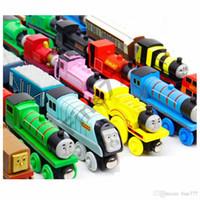 pequeno brinquedo infantil venda por atacado-74 Estilos Trens Amigos Pequenos Trens De Madeira Brinquedos Dos Desenhos Animados De Madeira Trens Brinquedos Do Carro Dar o seu melhor presente do filho