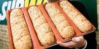 pãezinhos venda por atacado-Forma de pão de fibra de vidro de silicone panelas de pão crocante não-stylk molde de cozimento perfurada para sub-rolos 4 naco breadstick baguette bandeja