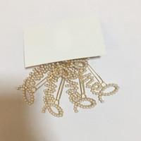 mode worte großhandel-Neue Perlen-Haarspangen der Art- und Weiseklassischen C ein Wortclip für Damen sammeln Luxusentwurfsbuchstabe-Haarverzierungen vip Geschenk 2pcs / lot