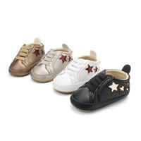 sapatos de loja de bebê venda por atacado-Dono da loja Recomendar Crianças Sneakers Primavera Bebê Moda Casual Respirável Cinco-Pontas Estrela Sapatos Da Criança Da Sapatilha de Malha