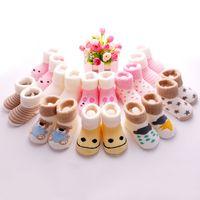 packs chaussettes bébé achat en gros de-Paquet de 10 paires de chaussettes pour enfants Chaussettes pour bébés Épaississement en coton 0-1 an pour bébé, nouveau-né, chaussettes en velours pour bébé