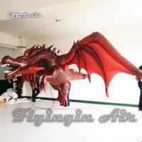 ingrosso decorazioni di drago rosso-Il drago rosso diabolico d'attaccatura su misura 4m di lunghezza di Pterosaur di illuminazione rossa dell'accensione soffia il drago del drago per la decorazione del partito di Antivari e del night-club
