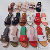 Wholesale latex lock resale online - Women fashion summer lock shoes slipper Graffiti Sandals Women genuine cowhide leather Shoes with logo box Flat slippers Large size