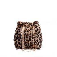 ingrosso sacchi a freddo di stampa di leopardo-Inverno Fluff Catene Borse da donna Leopard Print Totes Bag Signore Faux Fur Bucket Messenger Crossbody Borse Casual Bolsa Feminina