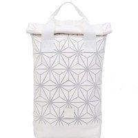 çantalar 3d boyutlu toptan satış-Yeni Ücretsiz kargo 3D geometrik elmas üç boyutlu öğrenci çantası omuz çantası mens / bayan rahat bilgisayar sırt çantası seyahat çantası Beyaz