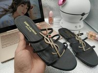 sexy niedrige sandalen großhandel-Klassische Sandalen Lady Summer 2019 Designer Slides Luxus Sandalen Metallschnalle Größe Echtes Leder Sexy Low-Heels Damenschuhe Wohnungen