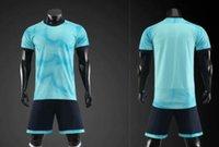 futbol takımları toptan satış-Ucuz Özelleştirilmiş futbol üniforma kitleri Spor Futbol Jersey Formalar ile Şort Futbol Giyim Kişilik Mağaza popüler Futbol Takımları appar ayarlar