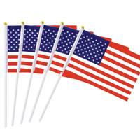 ingrosso bandiere di bastone americano-Tenuto in mano Mini Bandiera USA Flag American Stick Festivo Evento 14 * 21cm mini American Stick Flag KKA7283
