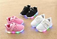 kız çocuklar ayakkabı çini toptan satış-Çin toptan 2020 yeni bahar moda rahat koşu sneaker örgü yürüyor çocuk ayakkabı ışık led bebek kız erkek kanca döngü kauçuk nefes