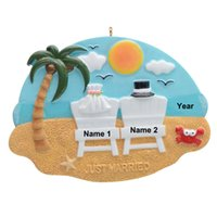 Wholesale resin wedding personalized for sale - Group buy Resin Maxora Couple On The Beach Personalized Christmas Tree Ornaments for Wedding Lover Honeymoon Personalized Gift