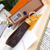 porte-clés de luxe pour hommes achat en gros de-Luxe Porte-clés en cuir de haute qualité Porte-clés Porte-clés Marque designer porte-clés Porte Clef Cadeau Hommes Femmes Sac De Voiture Porte-clés
