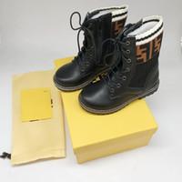 ingrosso scarpe bambini di qualità-Designer Martin Martin Stivali in vera pelle di design per ragazze bambino Scarpe di alta qualità per bambini Calzature di design con l'imballaggio