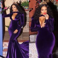 v-ausschnitt langarm samt großhandel-Dark Purple Velvet Mermaid Evening Celebrity Kleider Keyhole Neck Long Sleeves Gericht Zug Prom Party Kleider