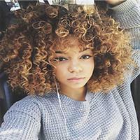 peluca rizada completa roja al por mayor-El color de la mezcla Kinky Curly Afro es un cabello humano muy rizado Pelucas rojas Ninguna Pelucas de encaje Con rayitas naturales Pelucas llenas al por mayor