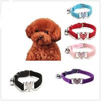ingrosso collari per cani in velluto-Cute Crystal Elastic Dog Collar Velvet Bell a forma di cuore Pet Necklacce #XJSY