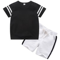 erkek gündelik gömlek giymek toptan satış-2019 Spor Serisi Bebek Erkek ve Kız Rahat Setleri TopsT-Shirt + Pantolon Çocuk Toddler Giyim Bebekler Rahat Kısa Kollu Set ücretsiz gemi