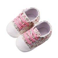 sevimli bebek kışı spor ayakkabıları toptan satış-Yenidoğan Bebek Kız Pram Kanvas Ayakkabılar Toddler Çiçek Sneakers Rahat Bebek Yumuşak Rahat Dantel-Up Sevimli Eğitmen 0-18 M