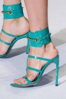 envoltura del dedo del pie al por mayor-Metal del oro del abrigo del tobillo vestido de la señora tacones altos sandalias de verano abierto del dedo del pie diseñador cuero de la mujer bombea los zapatos de tiras de estilete Shoes n094