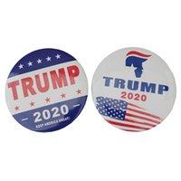 göğüs hediyeleri toptan satış-Yeni Trump 2020 Broş Mektup Amerika Büyük Göğüs Pimi Tutun ABD Bayrağı Başkanı Kampanyası Broş Favor Hediye HHA700