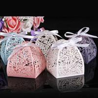 gelin duş hediye hediye toptan satış-Lazer Kesme Çiçek Nikah Şekeri Kutusu Düğün Şekerleri Misafir Ve Hediye Gelin Duş Anniverary doğum günü partisi Dekorasyon için