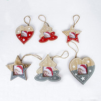 Wholesale picture heart pendant resale online - Creative Christmas Photo Frame Ornaments Wooden Picture Frames Heart Star Tree Designs Hanging Pendants For Indoor DÉCor xb E1
