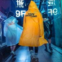 ingrosso cappello di plastica giallo-Raincoat Streetwear Cool Rain Men Cappotto lungo Hiphop Summer with Hat Sottili pelli di petrolio Yellow Students Raincoat di plastica all'esterno