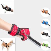 luvas de chumbo venda por atacado-Mãos Free Walking Dog Leash Luva Premium Durable Pet Corda Nylon Chumbo Pequenos Grandes Cães Arnês Coleira Tração Colete Acessórios