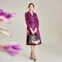 mulher trincheira mulher roxa venda por atacado-2019 primavera outono mulheres trench coat turn-down collar cinto cor sólida moda roxo temperamento longo trench coat h154