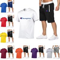ingrosso corto di ginocchio mens sports shorts-Champion Brand Mens Designer Tute T-shirt a manica corta e pantaloni al ginocchio 2 pezzi Abiti uomo Tuta sportiva di lusso Set C7501