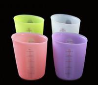 цвета торта оптовых-Силиконовые измерительные чашки 4 цвета Двойные шкалы для измерения качества пищевых продуктов