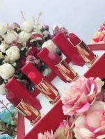 ingrosso tubo rossetto bianco-La marca famosa della Francia Trucco Matte Lipstick 4 colori Il tubo bianco rosso preme il rossetto opaco 4pcs / set Trasporto del DHL