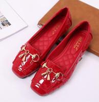 zapatos casuales de bailarina al por mayor-Zapatos planos de las mujeres 2019 Moda Casual Slip-on Bailarina Mujer Pisos Mocasines de cuero de patente Señoras Primavera Otoño Dama Calzado nuevo