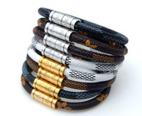 charme armband armbänder zum verkauf großhandel-Heißer Verkauf Neue Mode Luxus Schmuck 316L Edelstahl Armbänder Armreifen pulseiras Leder Marke Armbänder Für Frauen / Männer Geschenk