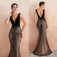 akşam elbisesi arkalıksız yan kesim toptan satış-Kesim Dışarıda Kolsuz Siyah Büyük Boncuk Abiye 2020 Derin V Boyun Mermaid Uzun Backless Balo Pageant Törenlerinde CPS1445