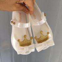 zapatos de gelatina pu melissa al por mayor-Mini Melissa Ultragirl 2019 Sandalias de gelatina para niña originales Sandalias de corona para niños Zapatos de playa para niños Melissa Toddler SH19077