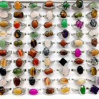 pedra natural do arco-íris venda por atacado-Moda 30 Peças / lote Anel De Pedra Do Arco-íris Mix Estilo Designs Pedra Natural das Mulheres Anel de Presente Da Jóia