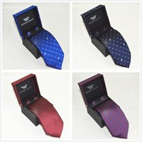clips de corbata al por mayor-Tie clip de hombrede gama alta del negocio del vestido de Armani marca italiana de rayas color puro lazo profesional traje de boda de la caja