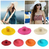sombrero de paja para mujer de moda al por mayor-Playa para mujer Sombrero de paja Sombreros para el sol de moda de ala ancha Sombrilla de viaje al aire libre Casual Color caramelo suave Sombreros para el sol TTA656