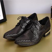 ingrosso scarpe da sera in pelle-New Ltaly Yellow paillettes scarpe a punta in vera pelle uomini scarpe da sera da sera scarpe da sposa da uomo parrucchieri sexy oxford piatte