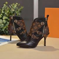 talons de talon achat en gros de-Femmes Chaussures Designer Femmes Talons Chaussures Design 2018 New Fashion Designer De Luxe Femmes Chaussures plat noir En Cuir Bottillons avec boîte