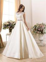 robe de bal en dentelle ivoire achat en gros de-2019 nouvelle robe de mariée en dentelle pure A-ligne Satin perles Sash Low Zip Back Ivory Spring plafonné robes de mariée robe de bal de mariage