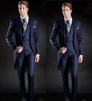 esmoquin azul mañana al por mayor-Traje de traje de hombre nuevo estilo Slim Fit Morning Groom Tuxedos para hombres azul marino Padrino de boda / Best Man Wedding / Prom Suits (Jacket + Pants + Vest)