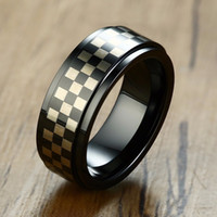 ingrosso anelli di stile moderno-Moderno quadrante a scacchi in carburo di tungsteno da uomo con banda di matrimonio Stepdown Edge Nero Checker Board Men Ring 8mm