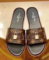 ingrosso scarpe da donna di fascia alta-donne ZZ Paris Fashion Trend all'inizio dell'estate pantofole pantofole in pelle di design in stile semplice sandali high-end di stile